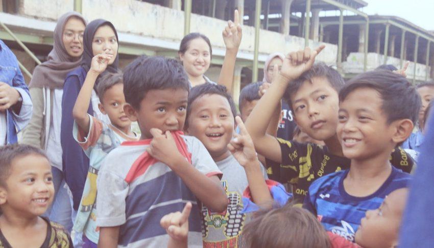 "Rumpin BangJo PKBI Jateng Terima ""Vacational Award for Dedication"""